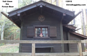 Vali Umm the forest bear and his house