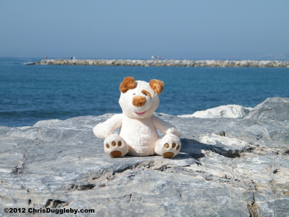 RISKKO's enjoys the ocean view on the Spanish coast