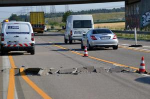 Blowup on the Autobahn - heat damage to German Roads
