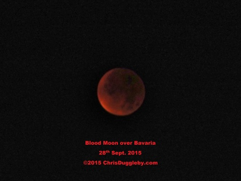 The cause of my red bedroom - a full blown Blood Moon eclipse