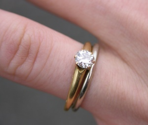 Example of a white gold wedding ring and a diamond engagement ring