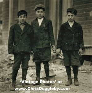 Coal Breakers: Philip Kurato (12 yrs) Jo Tabone (says he's 14) and Charlie Bootha (nearly 12)
