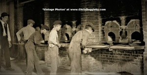 Glass Boys 'en mass' working in West Virginia in 1908