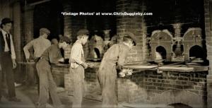 Glass Boys 'en mass' working in West Virginia in 1908