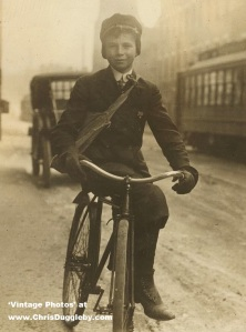 Boy selling papers during school time in Syracuse 1910