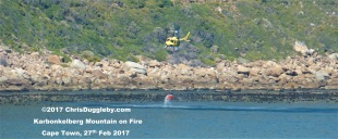 3 Firefighter Helicopter Collects Sea Water See Photo Blog Article Sensational Images of Blazing Cape Town Mountain at ChrisDugglebydotcom