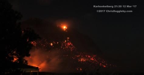 9 Night View as Bush Fire Comes to Llandudno See Photo Blog Article Sensational Images of Blazing Cape Town Mountain at ChrisDugglebydotcom DSCF3802 (2)